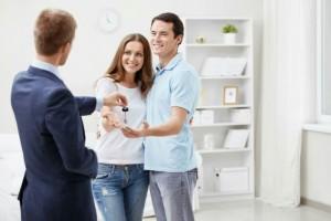Выбор и покупка квартиры через агентство без мошенников